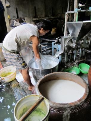 Making rice paper